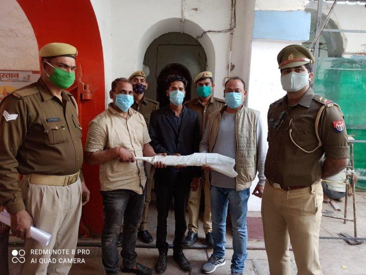 भेलूपुर पुलिस ने तीन को किया गिरफ्तार, राइफल बरामद...
