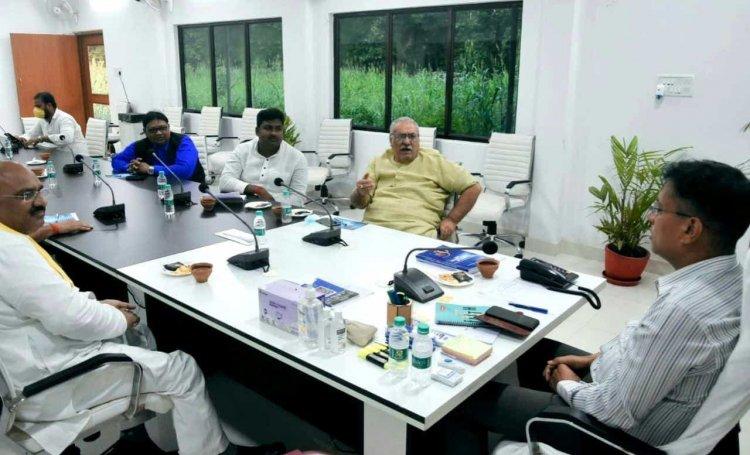जनप्रतिनिधियों संग CP की बैठक, अब गलियों में भी फुट पैट्रोलिंग करेगी पुलिस, व्यापारियों की सुरक्षा पर फोकस...