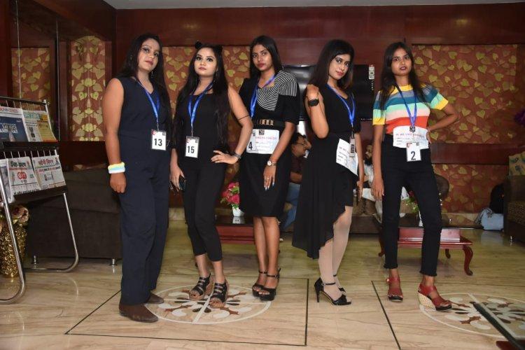 टैलेंट हंट शो ऑडिशन में 50 कलाकरों ने किया प्रतिभाग, विजेता को मिलेगा 21000 की राशि का पुरस्कार