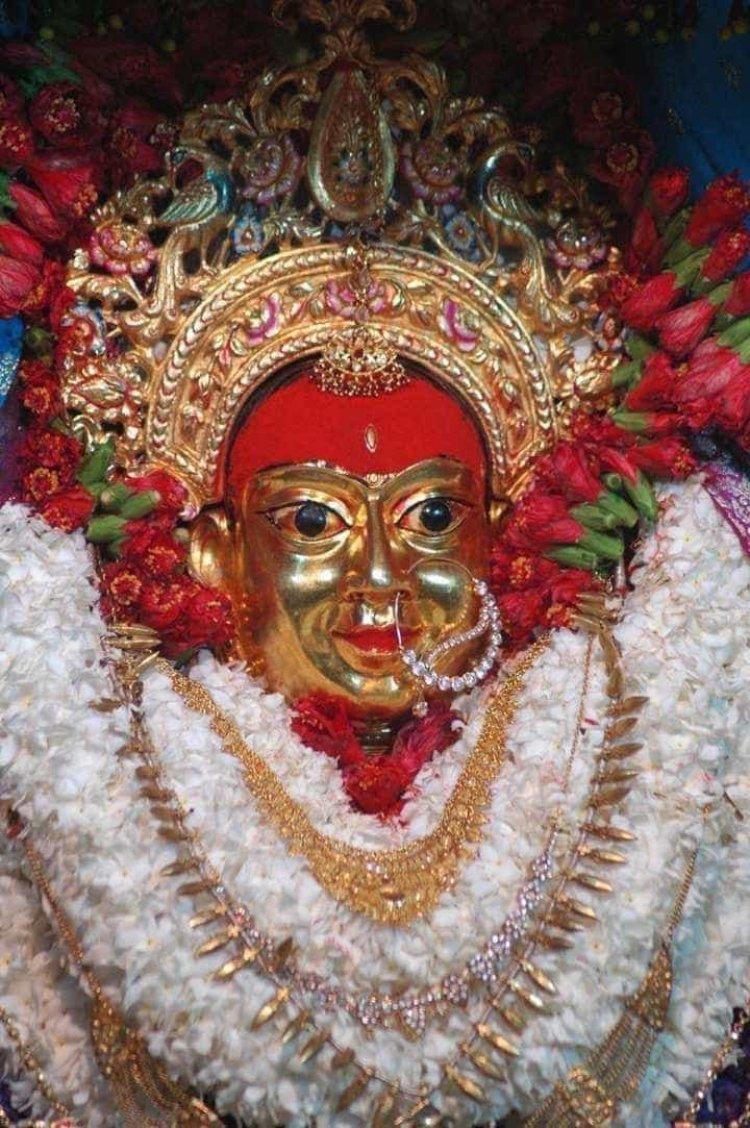नवरात्र के चौथे दिन हो रही दुर्गाकुंड वाली माता कुष्मांडा के दर्शन, देवी भागवत के 23वें अध्याय में मिलता है महात्म्य...