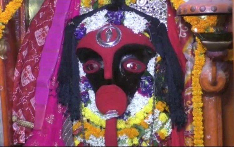 काल विनाशिनी कालरात्रि के हो रहे आज दर्शन, श्रद्धालु कर रहे सौभाग्य की कामना...
